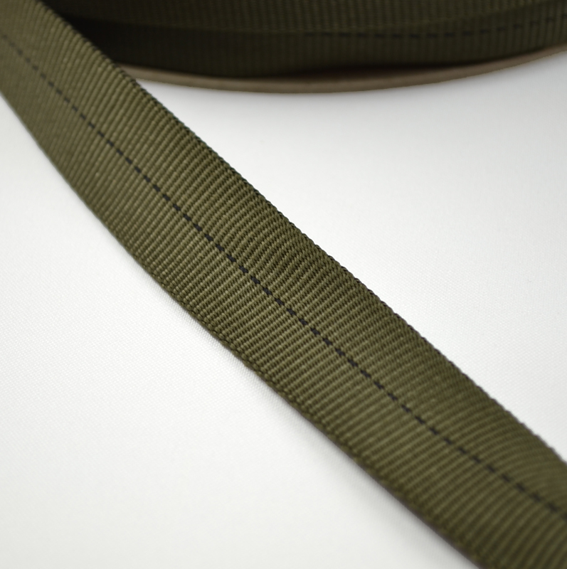 1 flat nylon webbing sold